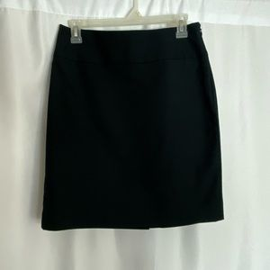 Banana Republic Black Straight Skirt Size 4